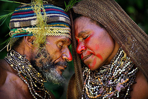 Papua New Guinea wedding: Photo by Timothy Allen, BBC Photographer. http://www.humanplanet.com
